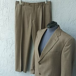 "Daniel Cremieux ""Collection"" Loro Piana Wool Suit"